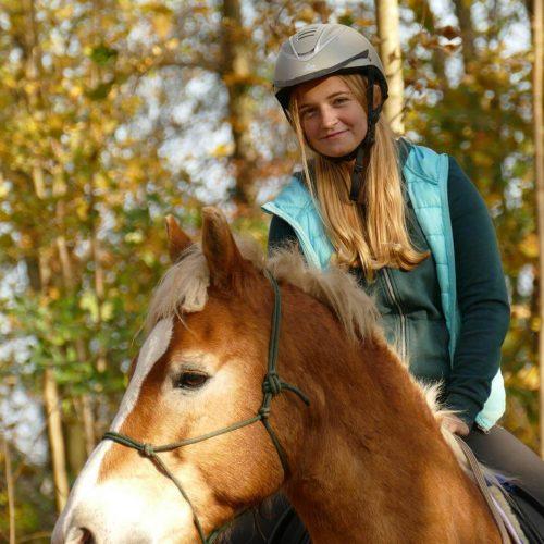Apollon-Führen-Erleben-Reiten-Trainerin-Samantha-Kattermann